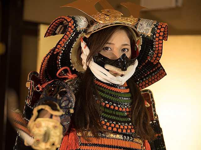 #34 甲冑:島津貴久/美女:小島みゆ