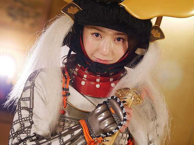 #40 甲冑:豊臣秀吉/美女:葉月ゆめ