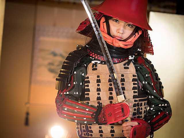 #45 甲冑:黒田官兵衛/美女:永井里菜