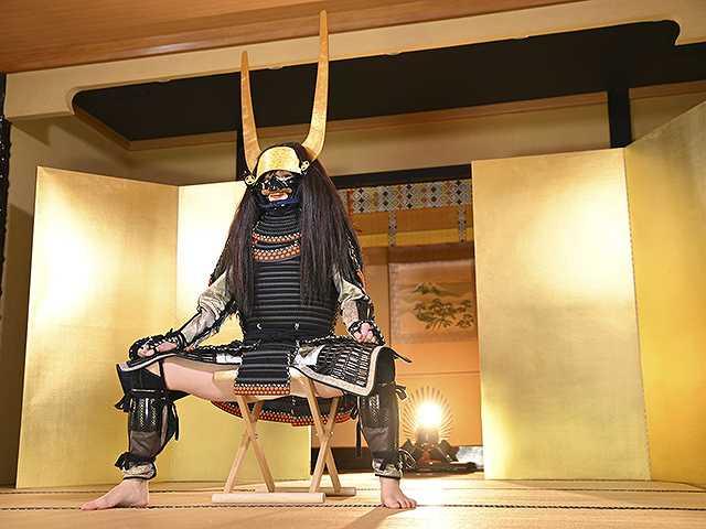 #54 甲冑:石田三成/美女:葉月つばさ