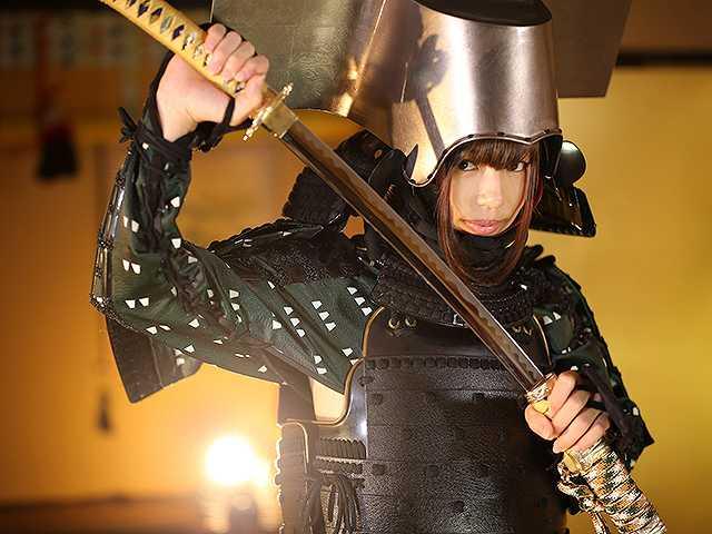 #55 甲冑:黒田長政/美女:河路由希子