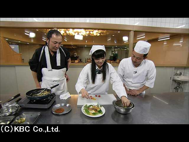 #12 鶏つくねとレタスの鍋 /桜鯛のポワレオレンジソ…