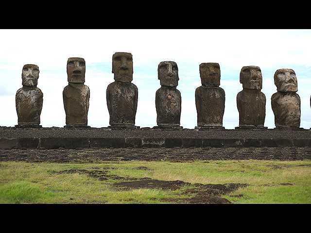 (日本語吹替版)イースター島 モアイ像の謎に迫る