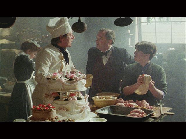 第11話 (字幕版)とても高貴な結婚式