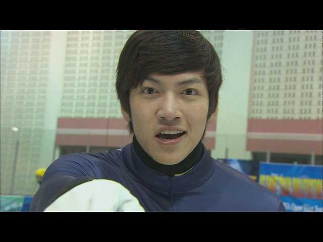 #1 (字幕版)トンヘ、韓国へ