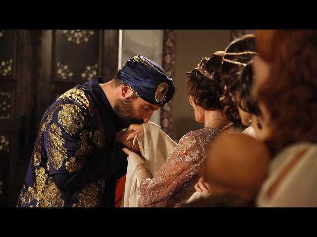 第5話 (字幕版)皇妃と皇女