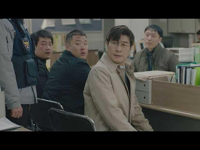 第6話 (字幕版)背後にいる人間