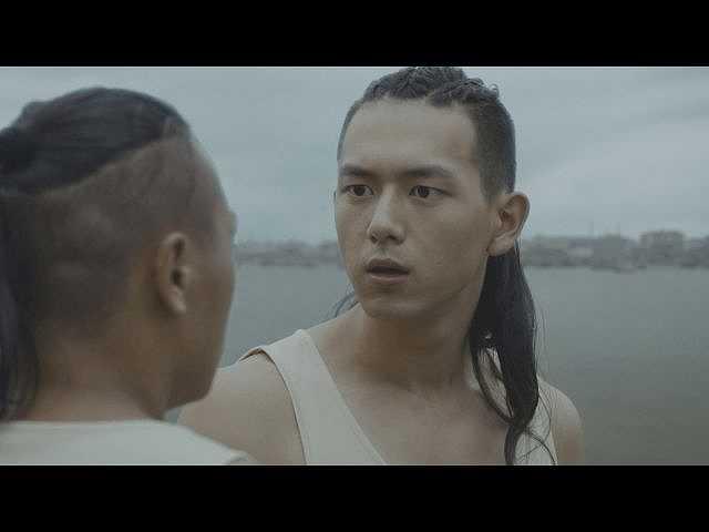 第1話 (字幕版)川の祭礼